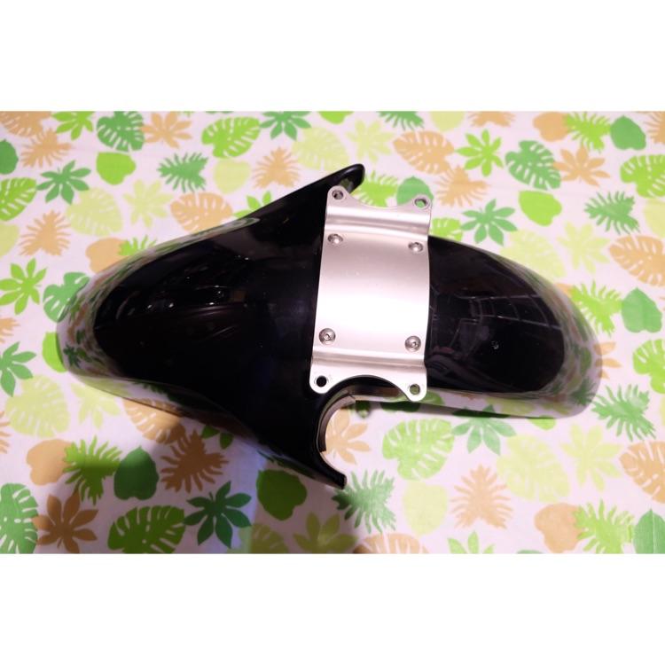 SUZUKI スズキGSF1200 フロントフェンダー 黒