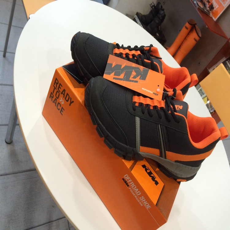Offroad Shoes 42/9