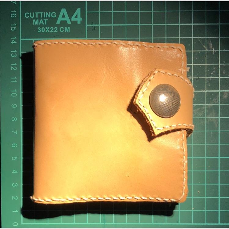 コインケースが外せる⁉️ハーフウォレット、二つ折り財布わ