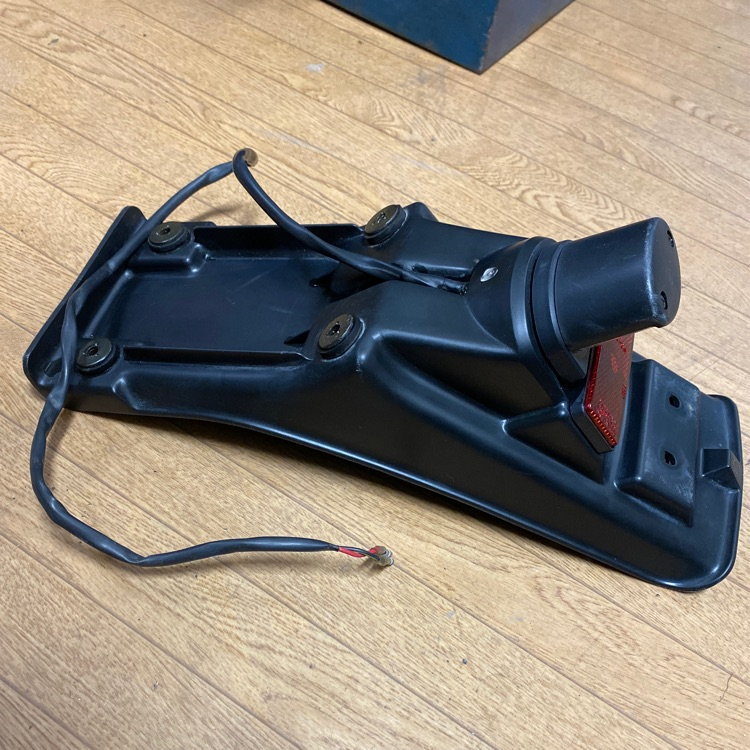 カワサキ KLX250 リヤフェンダー テールランプ