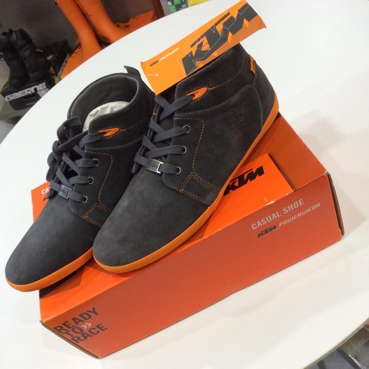 Casual Shoe 42/9