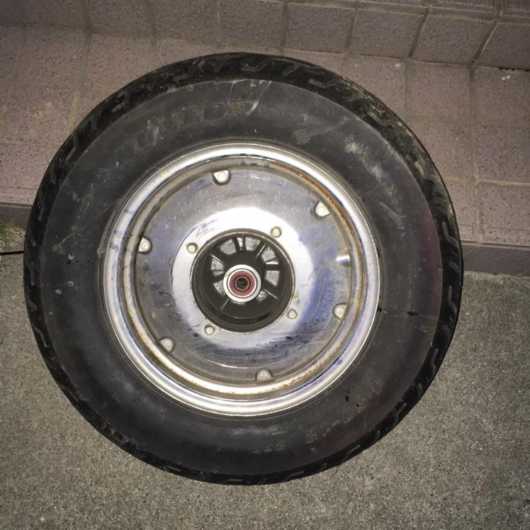 マグナ50 リヤタイヤ