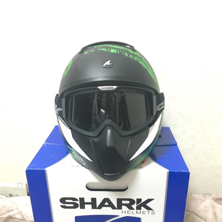 SHARK ヘルメット L